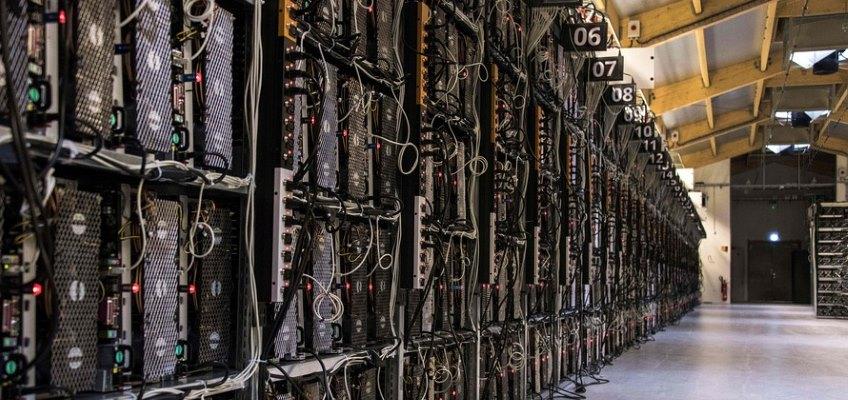 استخراج ارزهای دیجیتال در ایران توسط دولت